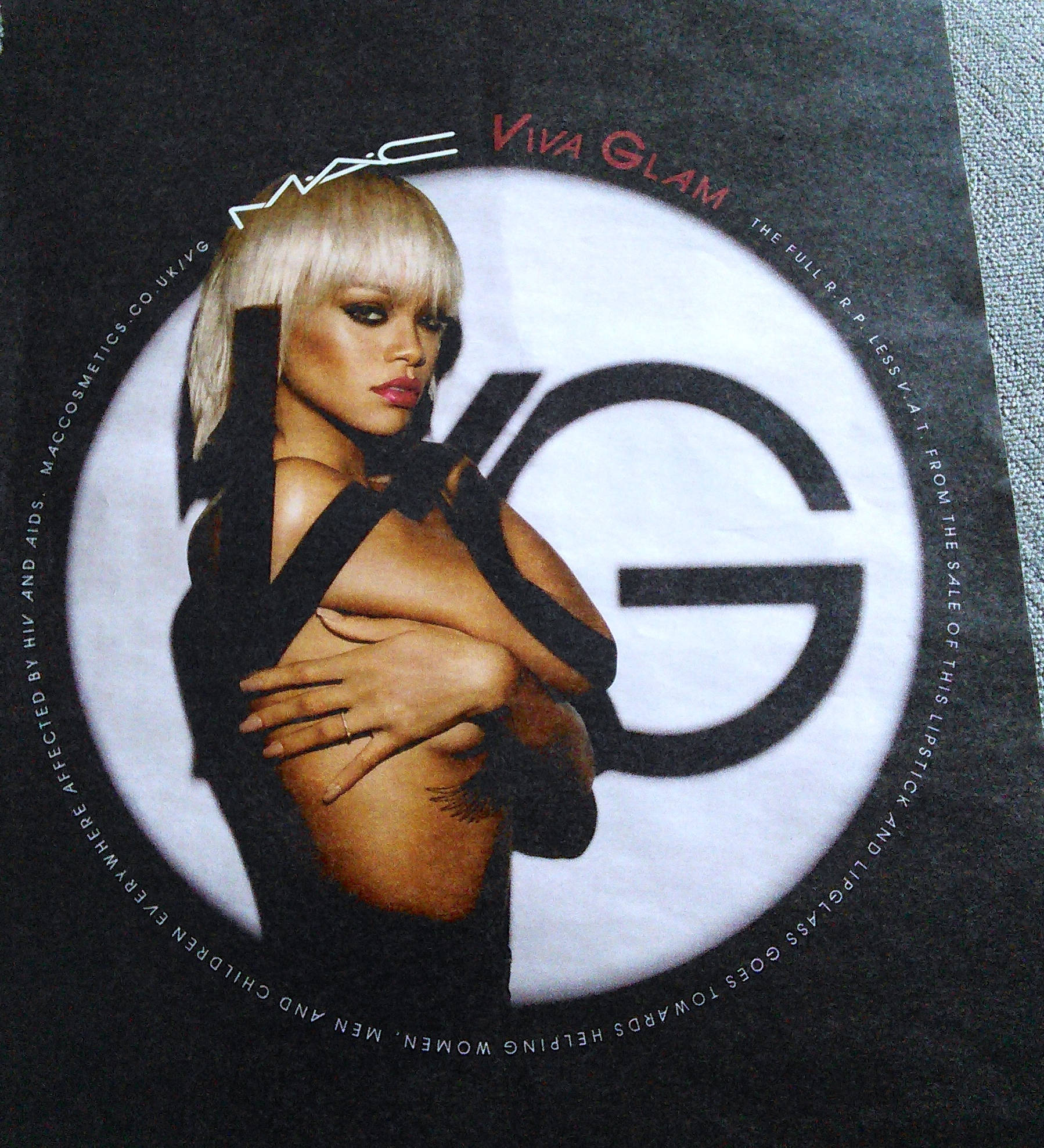 MAC's viva glam ad from the Stylist magazine