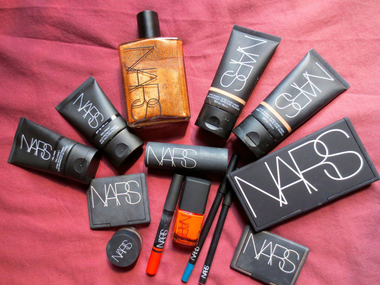 it's a nars party