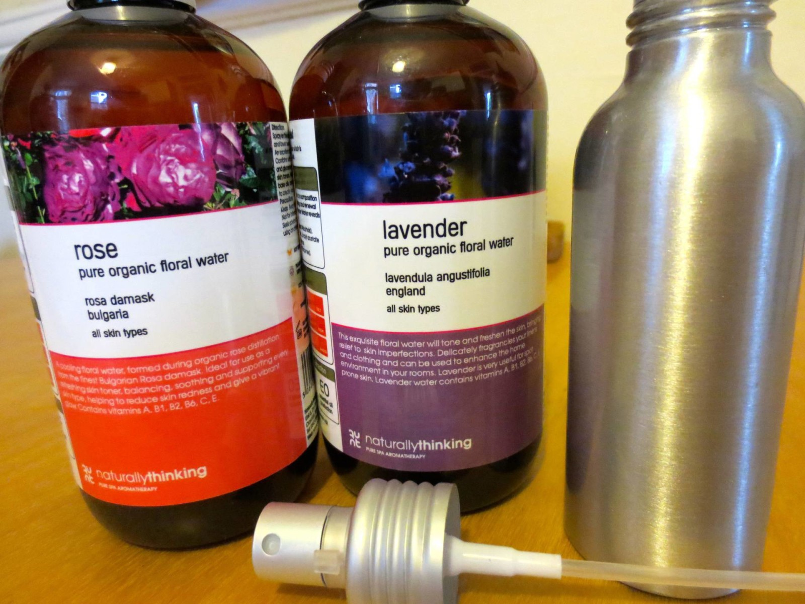 Spritzing for plumper skin
