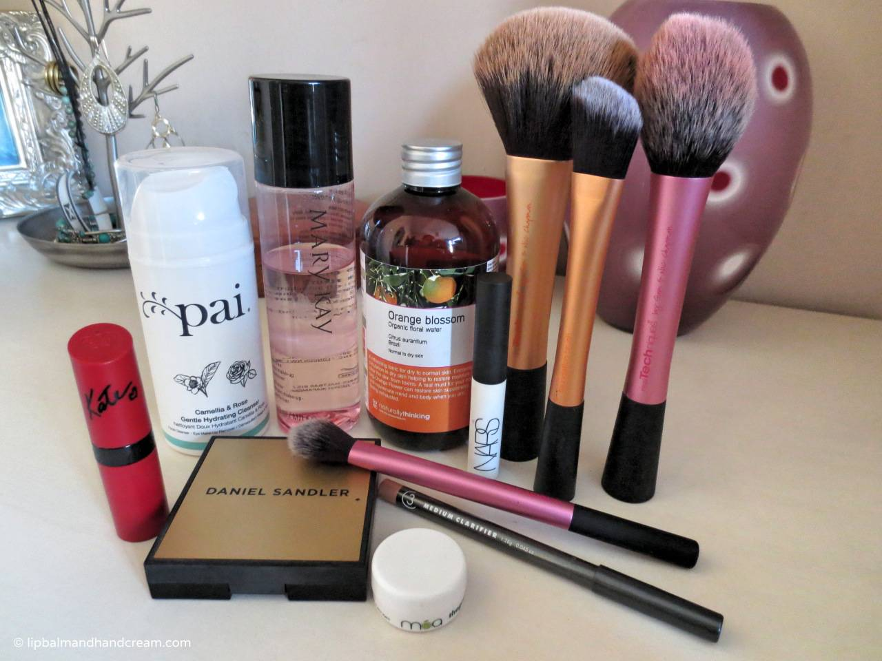 Beauty champions of 2014 - Pai, Mary Kay, Rimmel, Naturally Thinking, Real atechniques, 3 Custom Color, Daniel Sandler and NARS. Aurelia skincare is missing :(
