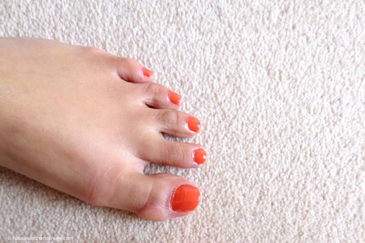 My hobbit foot (the other one is hobbit too)