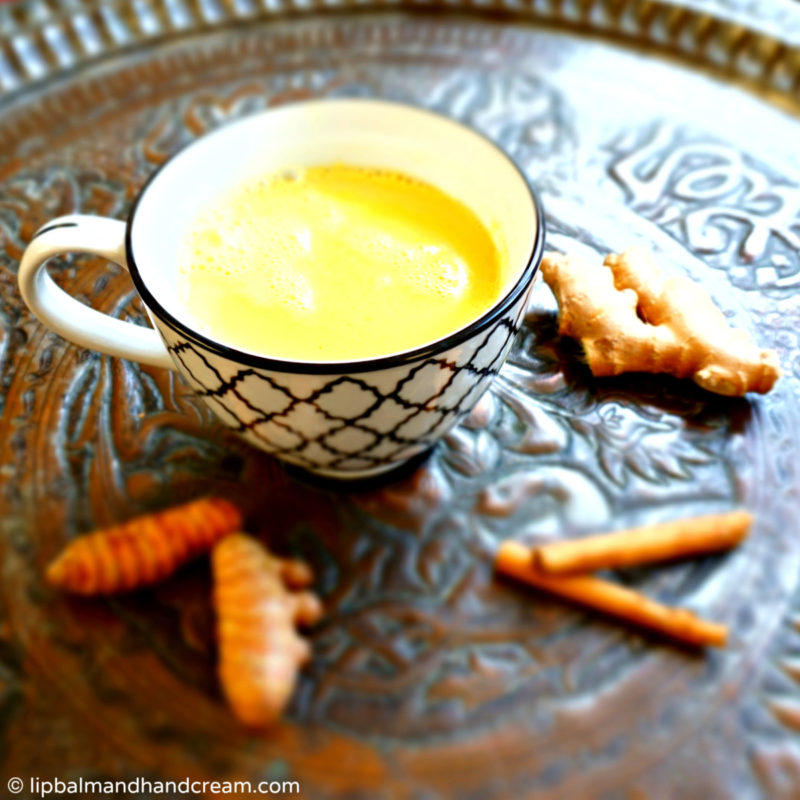 turmeric milk tea